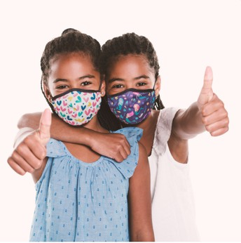 What type of face masks do students need at school?