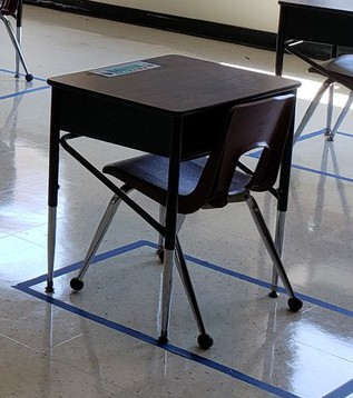 Student Desks/Chairs for Home Use