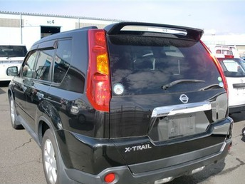 2008 Nissan Xtrail - Rear