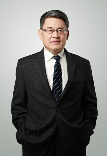 Dr. Mingdong Gu, Associate Director of the Center for Asian Studies