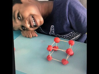 Kinder students make a 3D cube