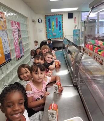 Kindergarten at Lunch