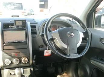 2008 Nissan Xtrail - Interior