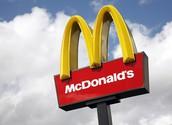 Fui a McDonalds y compré la comida