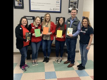 First Service Bank Reads to Students on Dr. Seuss Day!