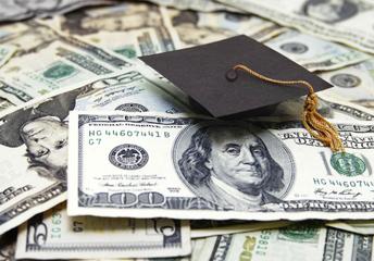 Seniors! Financial Aid!