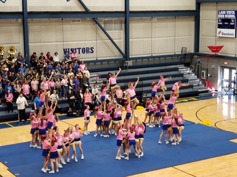 Cheerleaders do awesome!