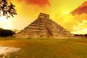 Para entrar al centro ceremonial de Chichenitza, donde se entrenaba a los iniciados de todo el mundo maya.