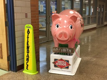 """Pretty in Pig"" Winners Announced"