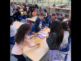 4th Graders Working Together - Teamwork!