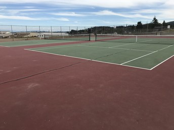 Tennis Courts Closed for Repair