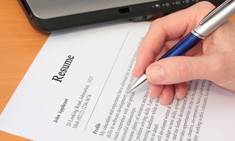 Finding a Winning Resume Writing Service - 5 Critical Things to Look For