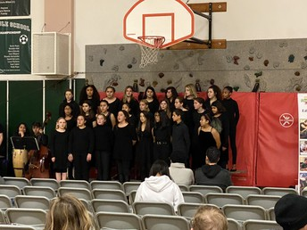 The Kennedy Middle School Choir and Jazz Band Perform During Meet RCSD Night
