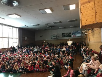 Excellent crowd for our Christmas sing-a-long!