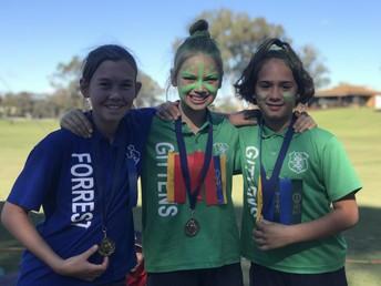 800 Metre Girls Champions