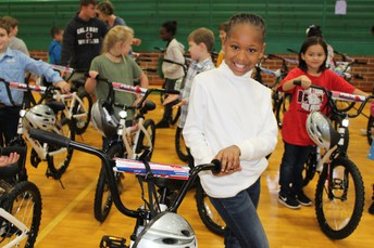 Hogansville Students Receive Bikes for Christmas