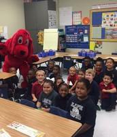 Clifford is visiting Kindergarten