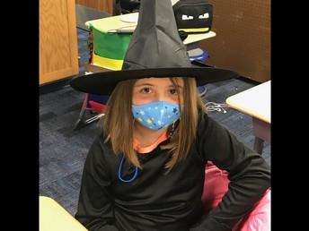 Cute Witch!
