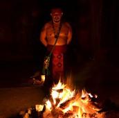 Alli hacemos una profunda limpieza energetica y un  renacimiento ritual en un temazcal sagrado con un guia de la tradicion