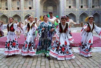 Dancers in Uzbekistan celebrate Nowruz
