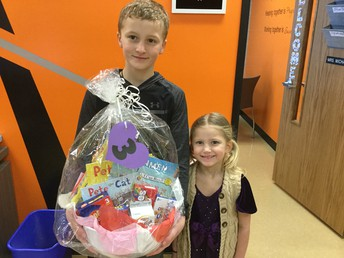 Winner of basket 3 was the Baade family