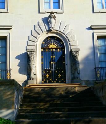 Oakland Door