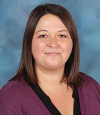 Lauren Simmons, aide