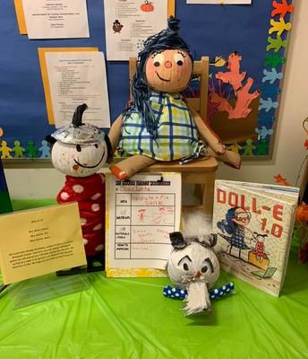 Literary Pumpkin Contest Doll e 1.0