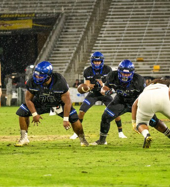 Chandler Wolves Win 4th Straight Football Title