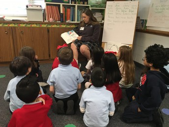 Nolan Student Elizabeth Proctor Reading to 1st Grade