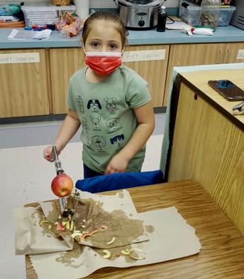 Pre-School Making Applesauce