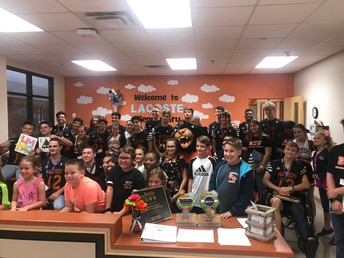 HS Students Read to Elementary Students