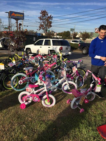 MMS Donates 20 Bicycles!