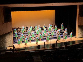 UHS show choir programs with sweep again this week!