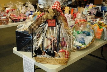Support  your Room Mom with a donation to your class auction item
