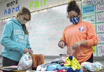 Good Vibes Students Prepare Care Packages for Shawnee Manor Residents