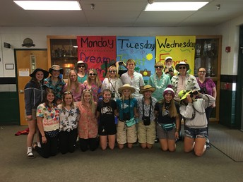 CRHS Tourist Dress Up