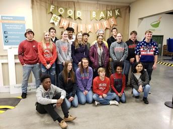 DREAM Students Volunteer at Heartland Food Bank