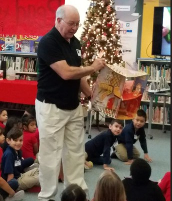 Paper Engineer Bruce Foster at Hicks Elementary