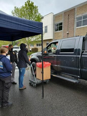People dropping off unused medication at Battle Ground Drug Take Back Event