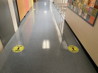 Oneway markers throughout the building
