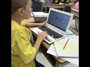 Learning to use Google Docs to produce our writing