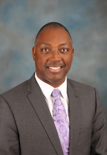 Dr. Walter Jackson named ESC Region VI Superintendent of the Year
