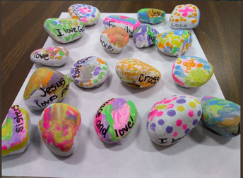 K2C, Ms. Barden & Mrs. Carrara's class Peace rocks