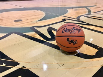 Gators of the Week: Varsity Men's Basketball and Wrestling Secure 1st Region Wins