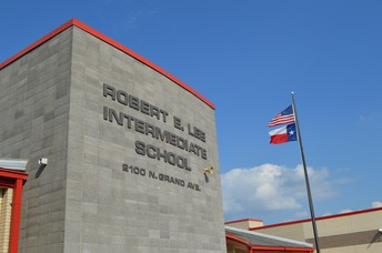 Robert E. Lee Intermediate