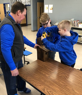 Mayor Hartwick with the Woodworking Club
