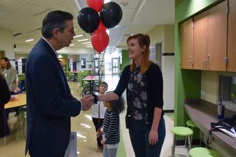 WCHE Teacher, Kelli Brown, Receives LTISD High 5 Award