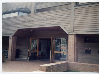 Lake Oswego Public Library Eager for Students