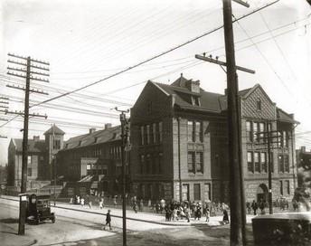 Patrick Henry Downtown Academy